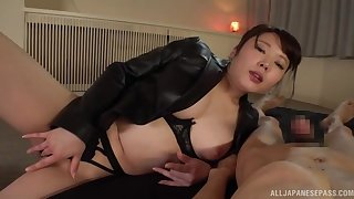 Japan mommy loves a catch beamy dick in her creamy holes