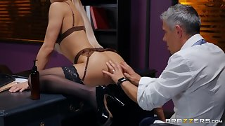 You won't find a sexier office lass than Abella Danger. She is so fucking hot